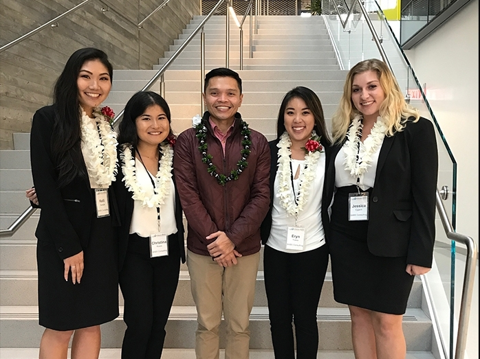 Shidler team wins CUIBE International Business Competition