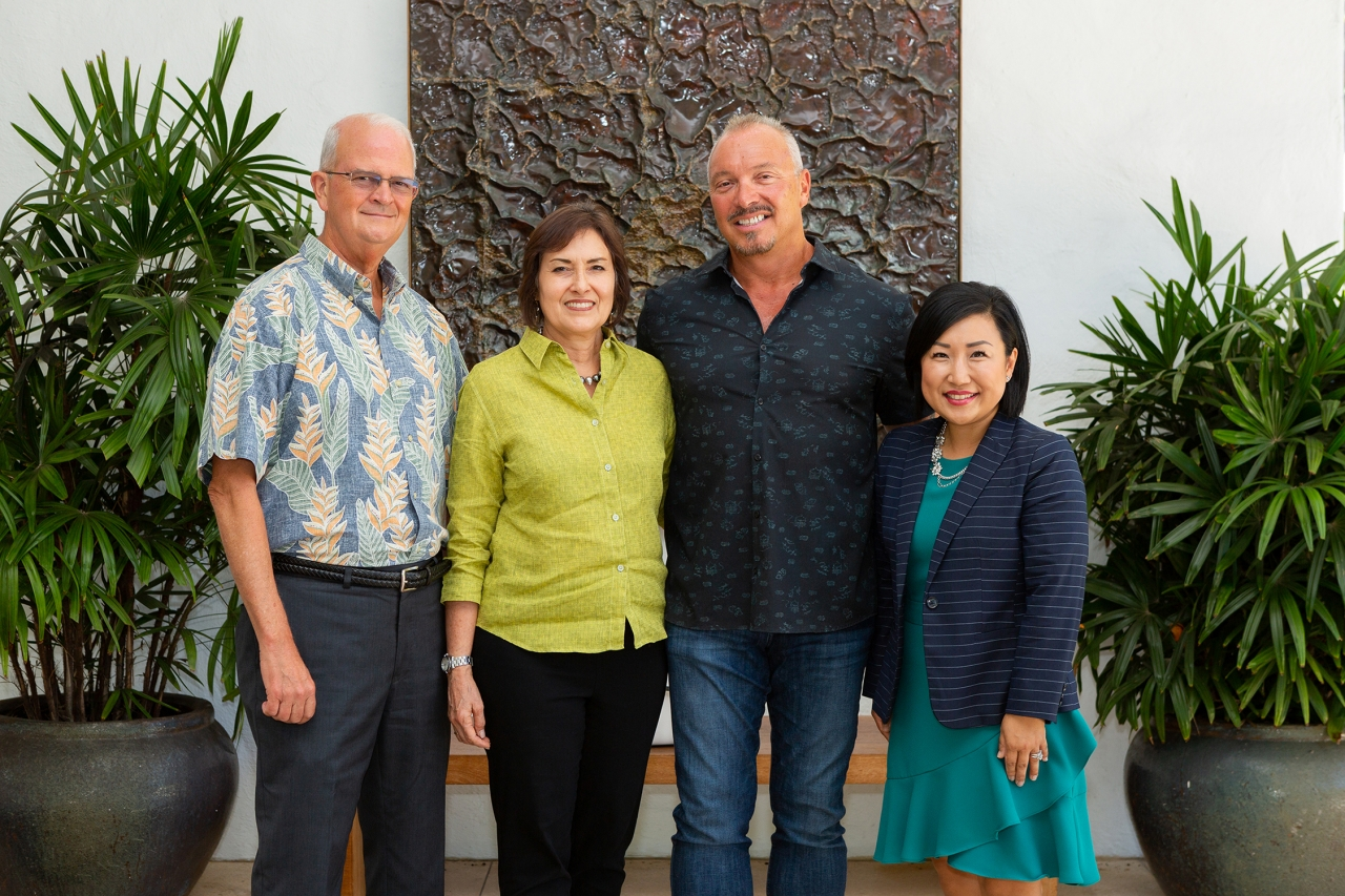 Vance Roley, dean, Shidler College of Business; Jo Anne and Keith Vieira; and Unyong Nakata, executive director of development.